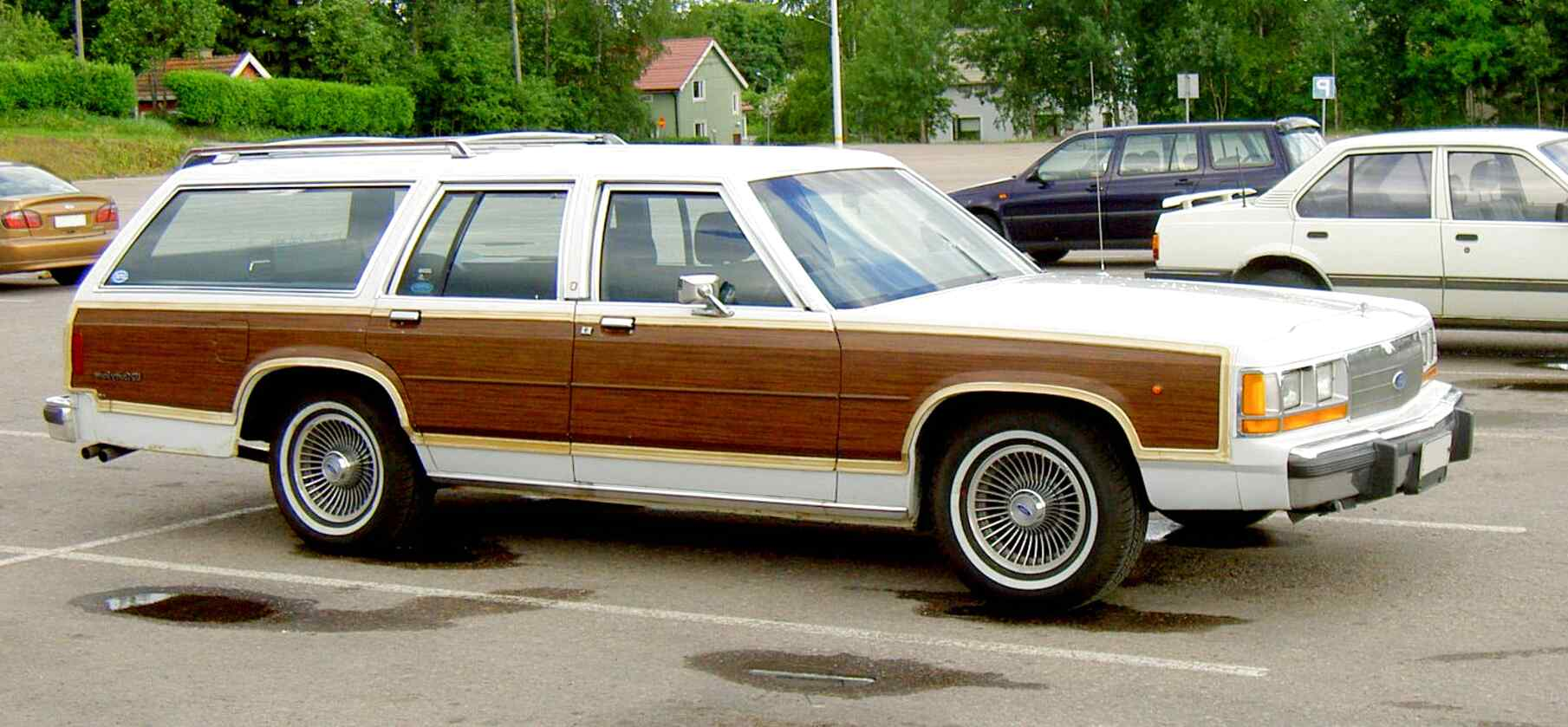 ford country squire station wagon for sale
