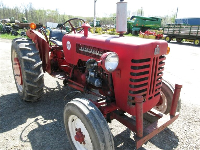 international b275 tractor for sale
